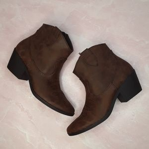 RAMPAGE Brown Faux Leather Ankle Boots
